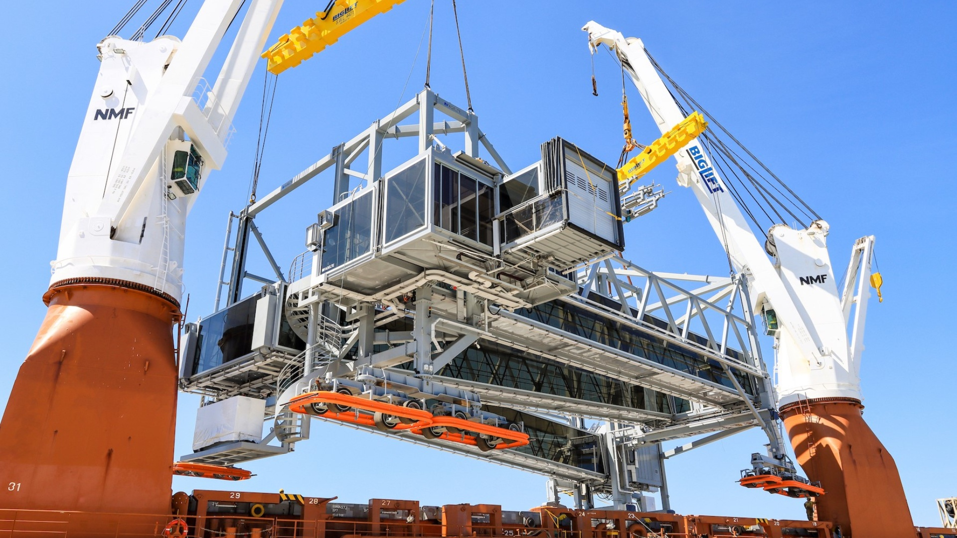 Investment, Cruise Port of Southampton boosts quayside infrastructure with new airbridge